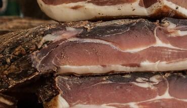 Mięso przygotowane przy użyciu solanki